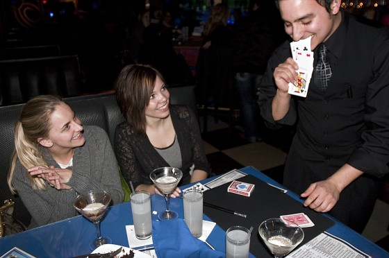Chicago & Indianapolis Magician David Ranalli performs at a 21st birthday party